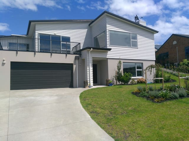 The Grovenor - Orewa
