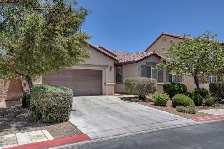 By Las Vegas Motor Speedway-Home To EDC, 4BD Home