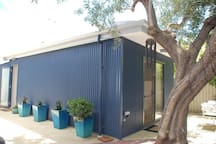 Artitja ArtSTAY - your own private entrance, although in our back yard, privacy is assured..