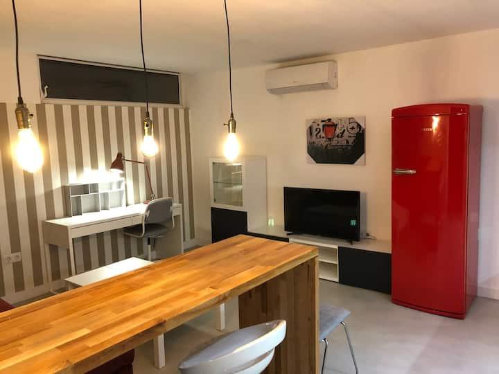 Apartamento cerca de la playa y Barcelona
