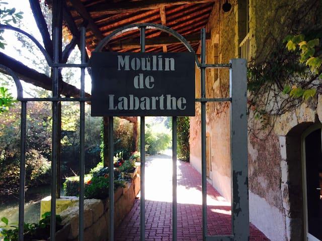 Dormir dans un Moulin à eau - Fleurance - Alojamento ecológico