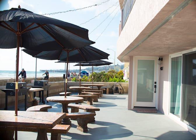 Ocean Front Suites-4001