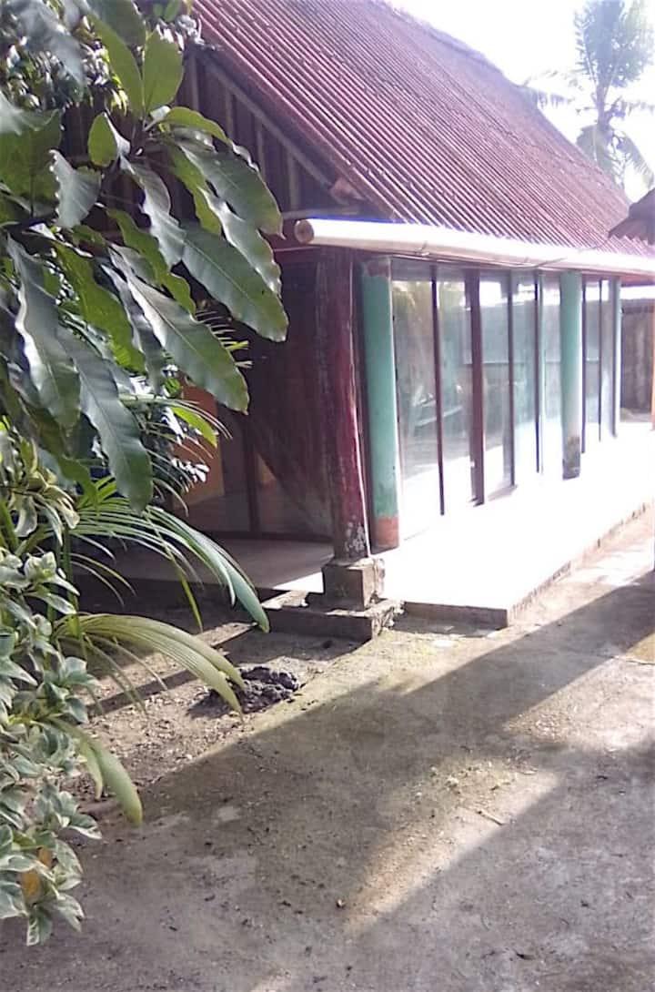 RUSTIC CABIN IN ISLA GRANDE, CARIBBEAN PANAMA