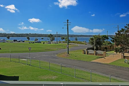 Dunwerkin - views of the river, close to boat ramp - Greenwell Point - Casa