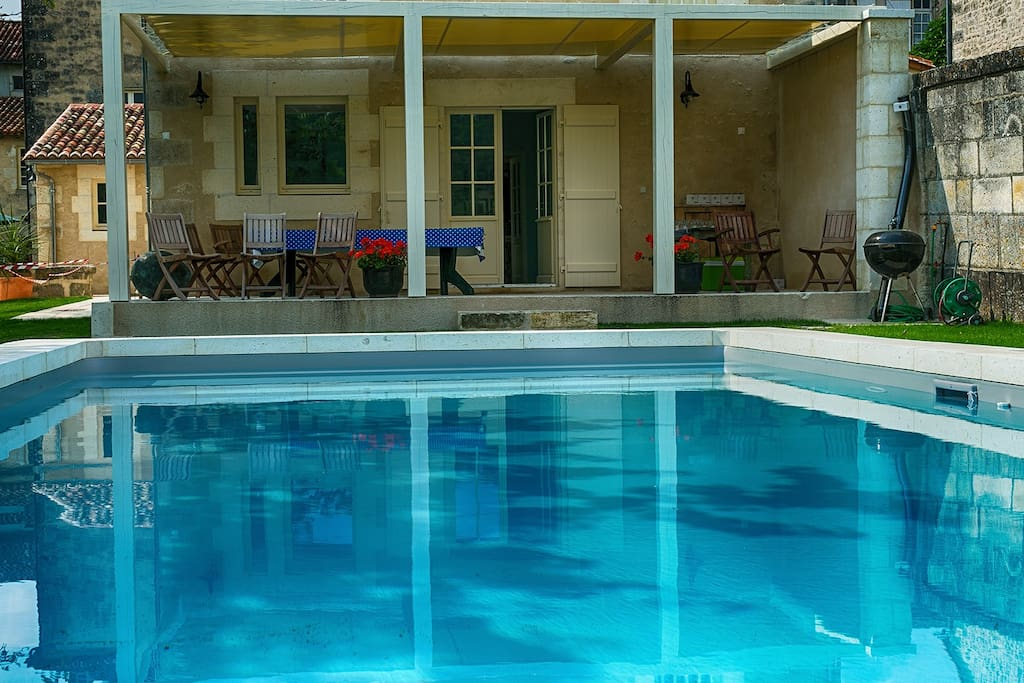 Maison du Couvent B&B, Villebois-Lavalette - Swiming Pool