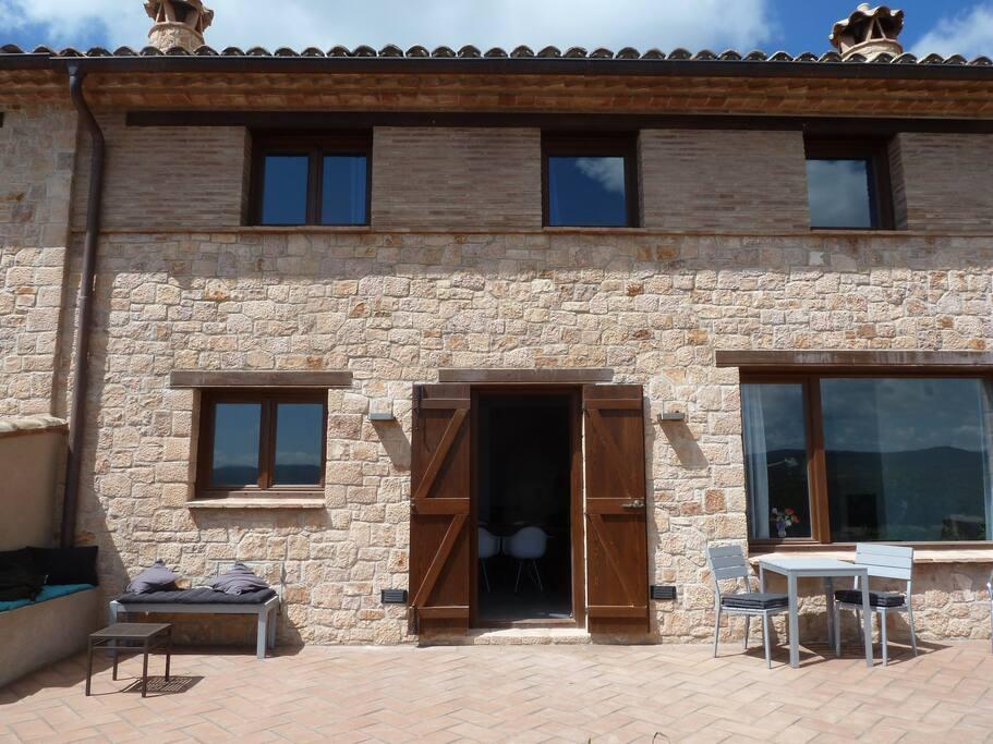 robuust huis in typische Alquezar-stijl