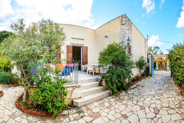 Casa Cecilia - Tonnara di Bonagia - Tonnara di Bonagia - House