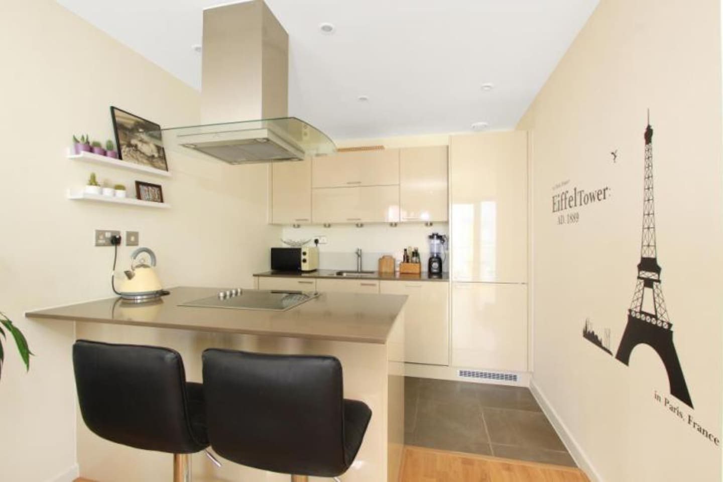 contemporary 1 bedroom flat free gym zone 2 apartments for rent