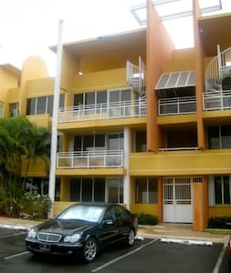 2nd Floor Pool-Facing 3 room Condo - Vega Alta - 别墅