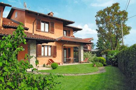 The ideal house for your holidays in Langhe hills