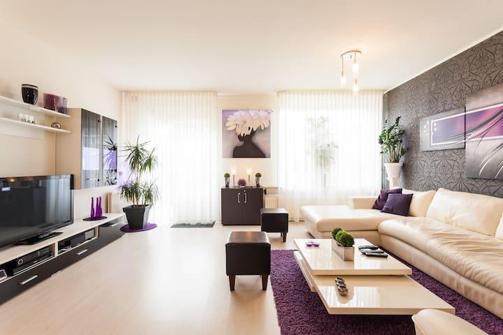 Living room in the house Enschede. Hesselinklanden