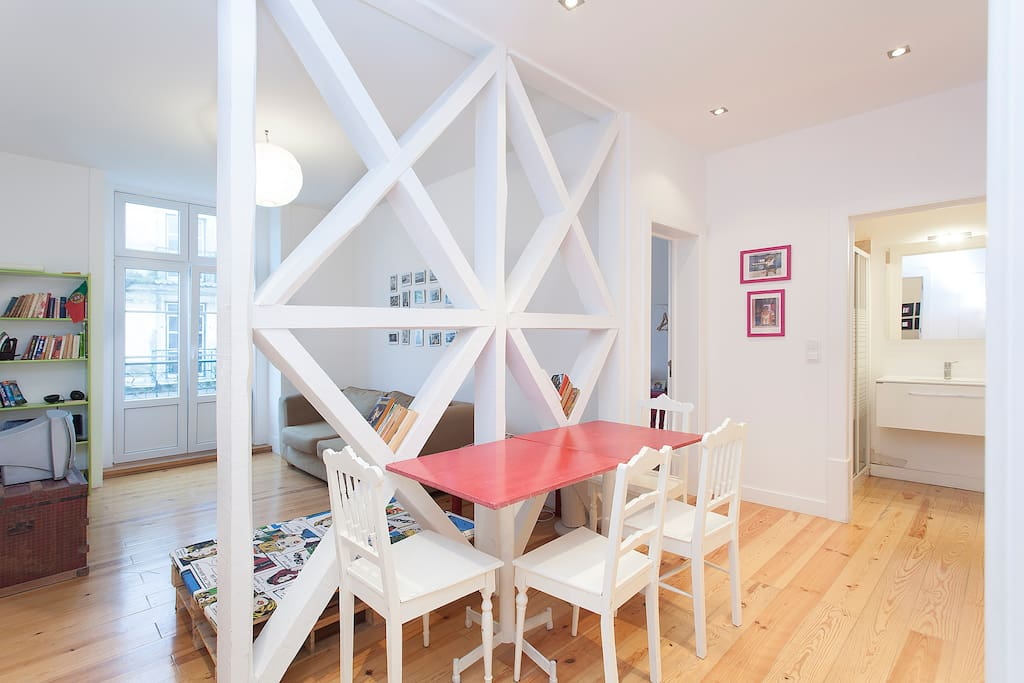 Wonderful Downtown Flat for six