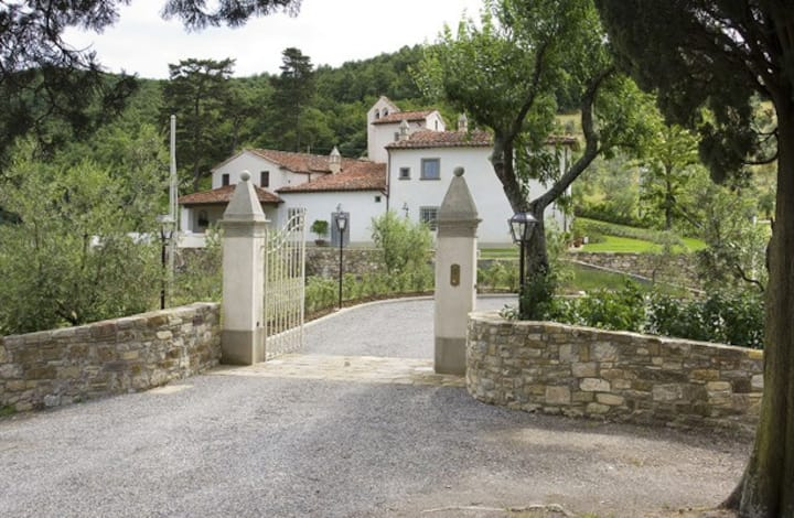 Luxury Country House near Florence