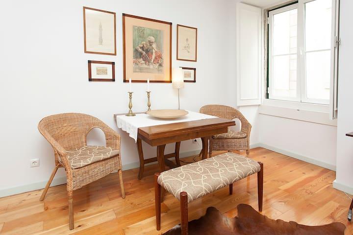 Charming apartment in Bairro Alto