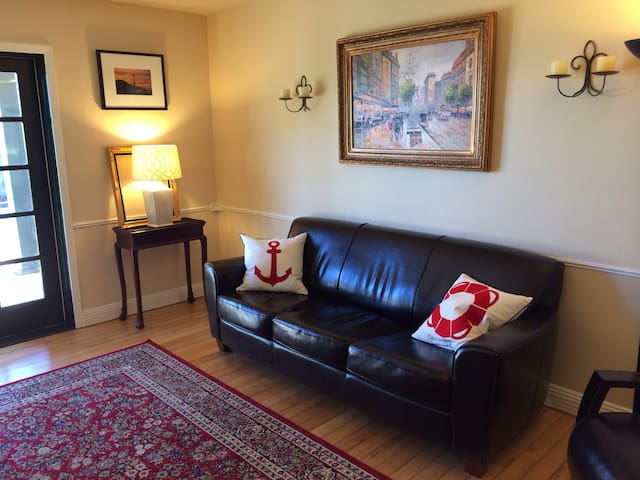 Quiet 2BR apartment close to UCSF