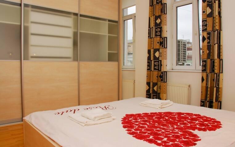 Comfortable,stylish,big,bright apt - Kiev - Lägenhet