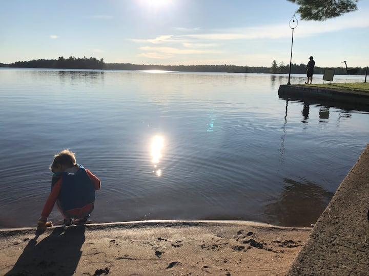 West Kosh Escape on Kasshabog Lake