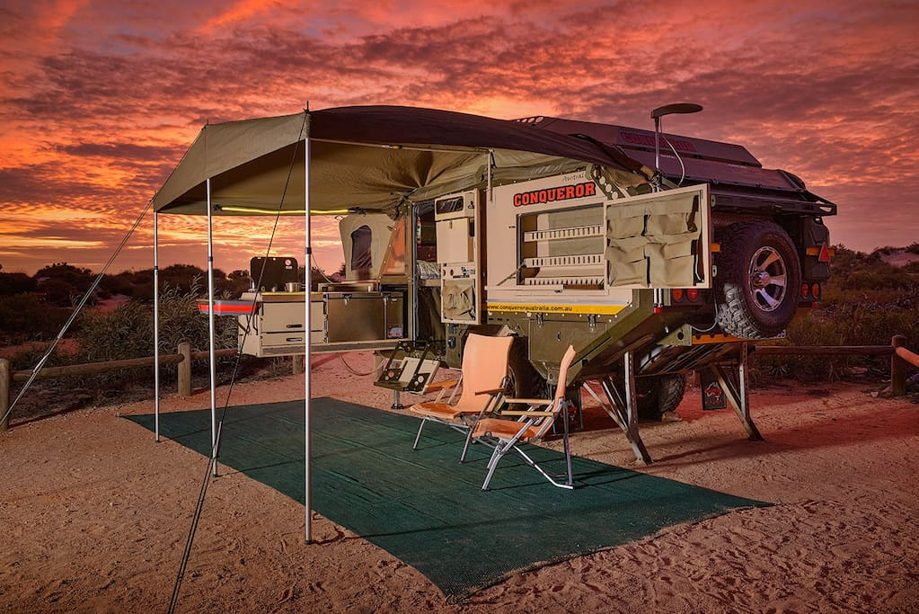 Basic Setting – front awning, ground mesh & 2 camping chairs [Location: Cape Range National Park]