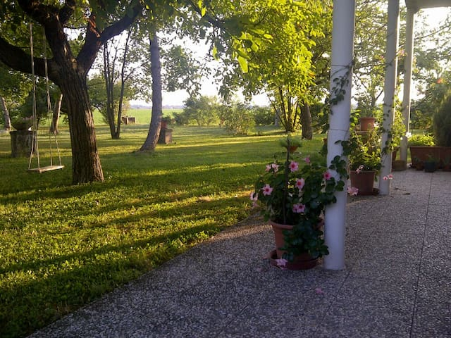 Karl Country House with nice garden - San Bartolomeo In Bosco - House