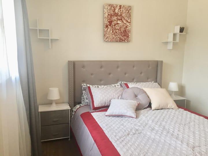 Elegant Bedroom Flat in Trendy NoHo