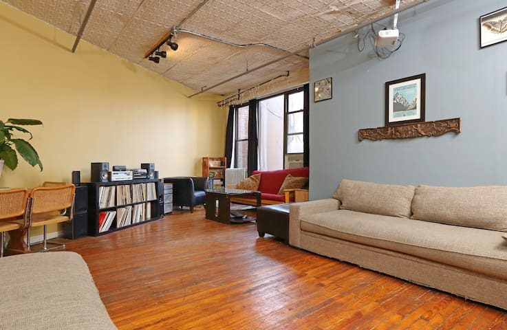 Top Rated Room in Williamsburg Loft @ Bedford Ave!