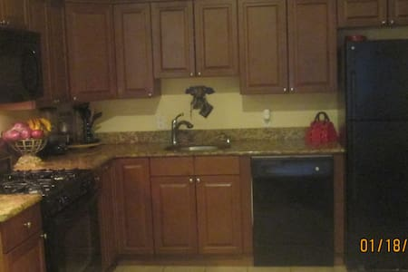 Gated Community Condo - Haledon - Pis