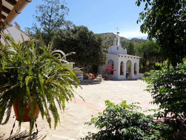 Appartment in the chapel - Álora - Bed & Breakfast