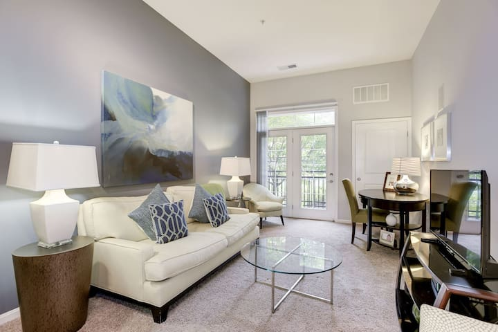 1BR Near Dulles, Silver Line, DC, and MCM!