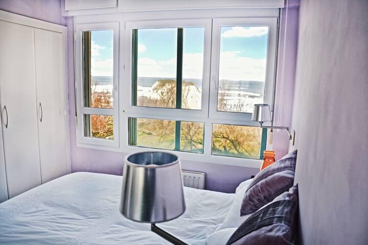 Habitación principal (cama eléctrica articulable para leer cómodamente )