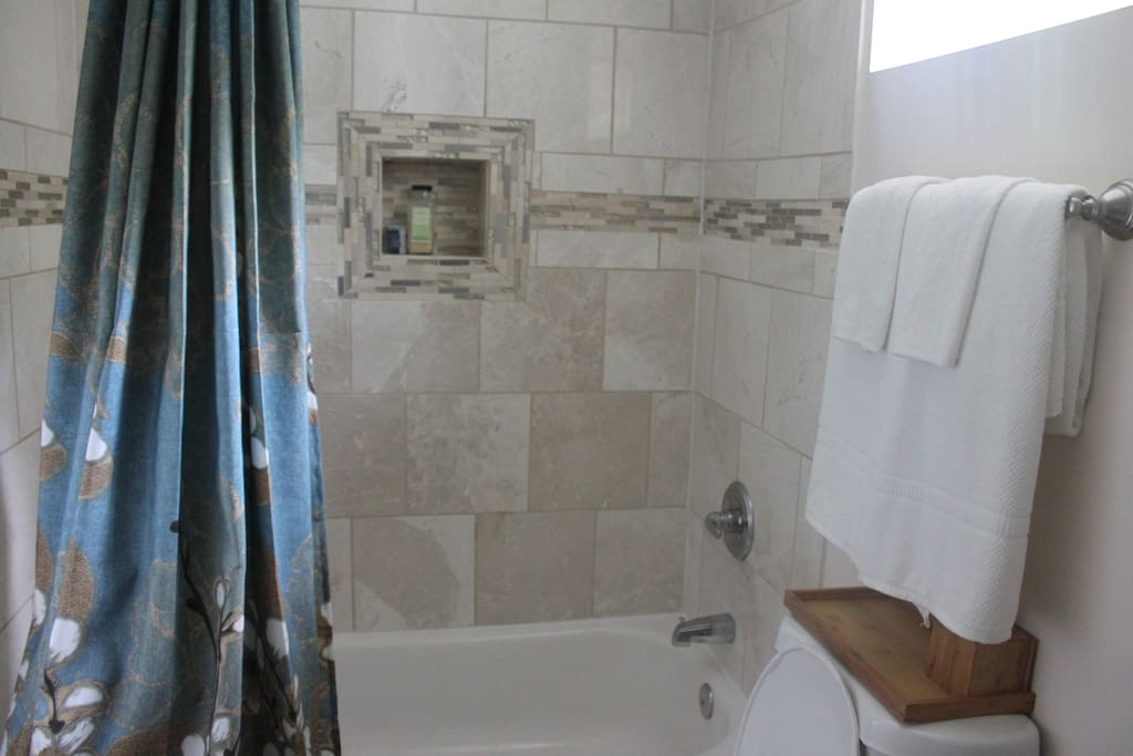 Full bath with shampoo, conditioner, bar soap and lotion provided.