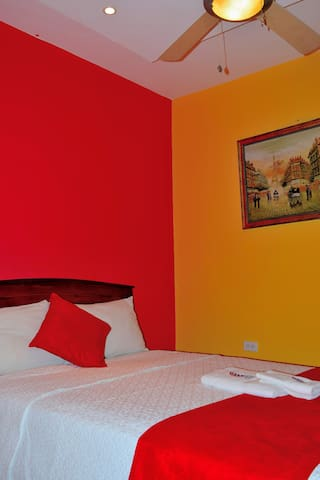 HOSTAL CARLIZA 2 BACKPACKER