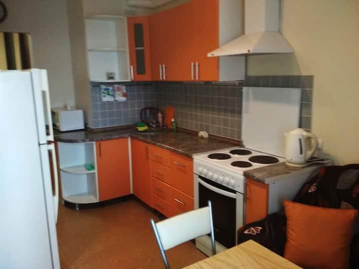Уютная квартирка на Восточной,80  ждет гостей