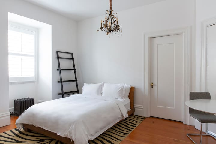 Archbishop's Mansion | Charming Guest Room | 1 Bed