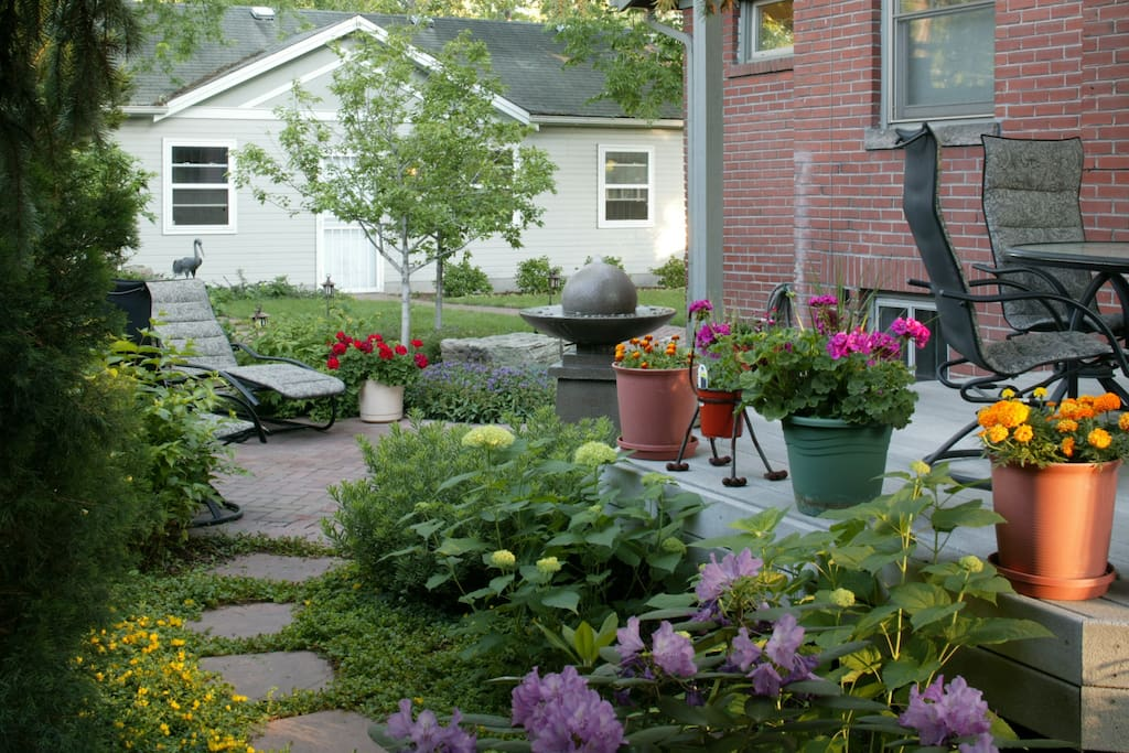 Our inviting front and back yard are yours to enjoy.