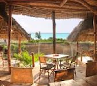 Mabwe Roots Bungalows - Nungwi