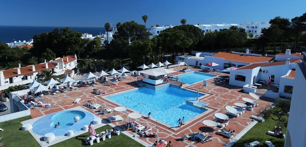 SUPERB 1 BED APARTMENT JUST IN THE HEART OF ALB... - Albufeira - Apartment