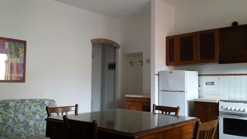 Caratteristico appartamento central - Marciana Marina - Apartemen