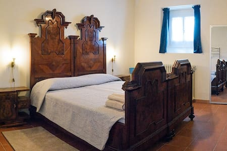 Stanza doppia - Bed & Breakfast La Cascinetta - Passirano - Bed & Breakfast
