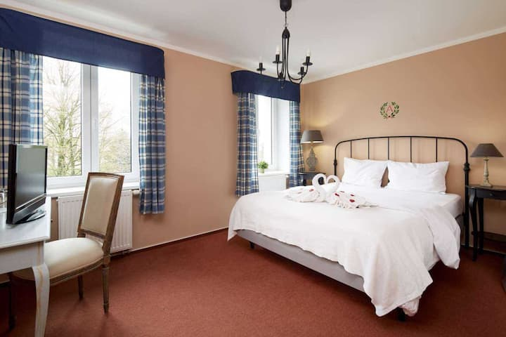 Čtyřlůžkový pokoj FAMILY (double + twin beds)