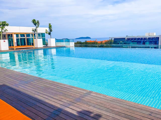#1B| 2BR Suite@Sutera Avenue KK w/Infinity Pool