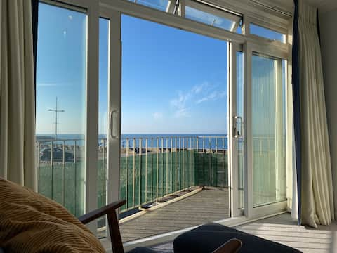 Seafront apartment seconds from beach, West Dorset
