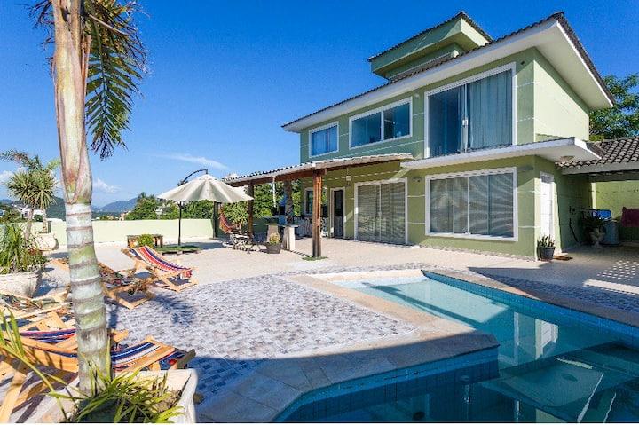 Casa com piscina no Mirante de Piratininga