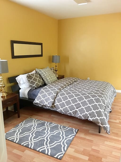 Large Bedroom with Super Comfortable Queen Bed
