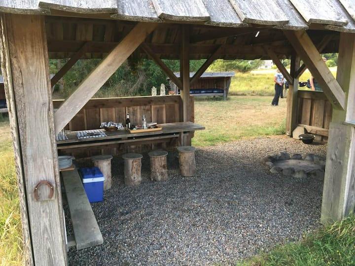 Dejlig shelter-camp på kanten af Nationalpark Thy