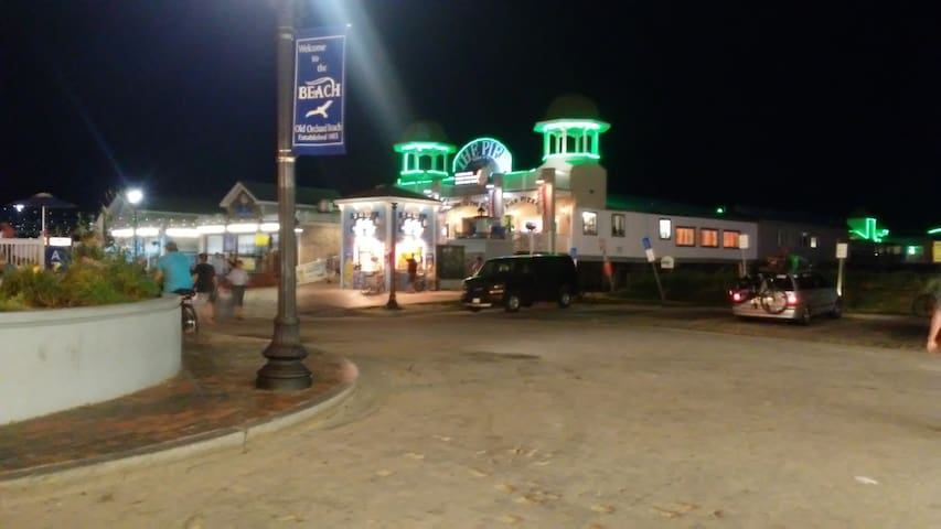 Entrance to Pier at night.