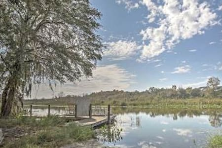 1BR Umatilla Cabin - See Nature & Wildlife! - Umatilla