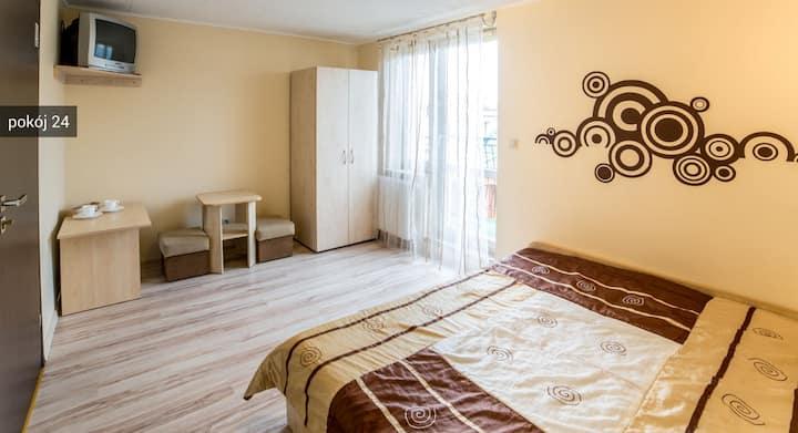 Pokoje gościnne WEST - Pokój 2-os nr 24
