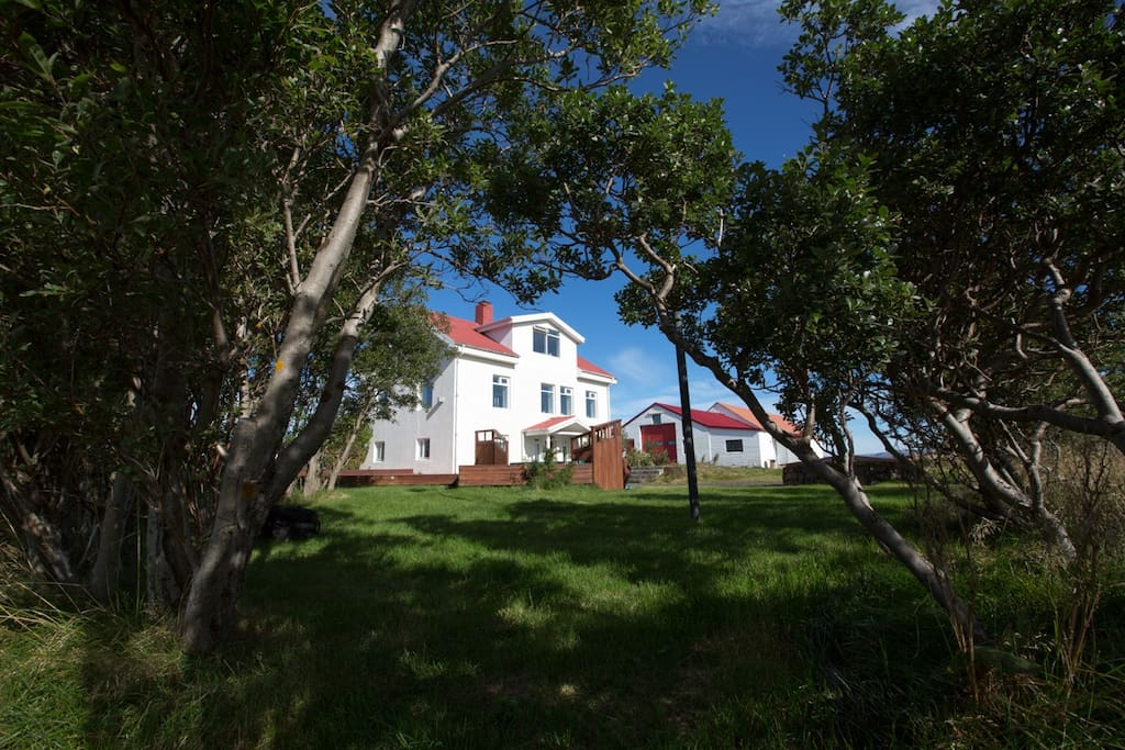 The private farmhouse is located in the western part of Iceland. The region offers a multitude of opportunities for those who want adventurous activities, culture and leisure close by.