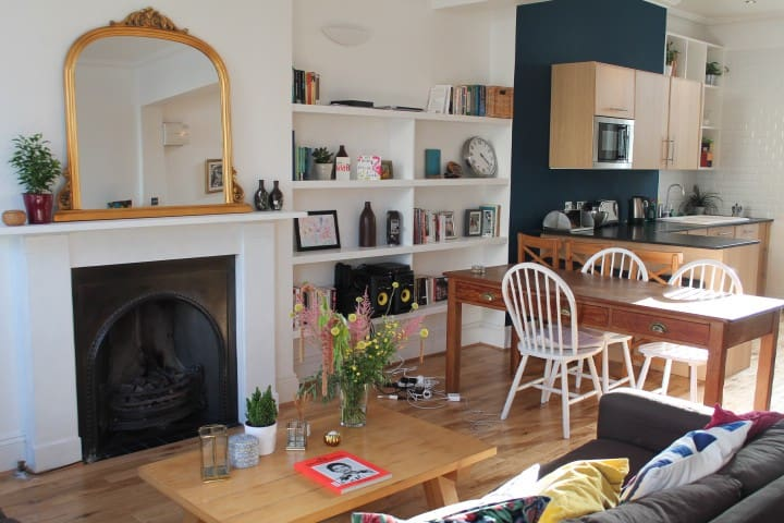 Double Room with Private Bathroom, Camden Town - London - Haus