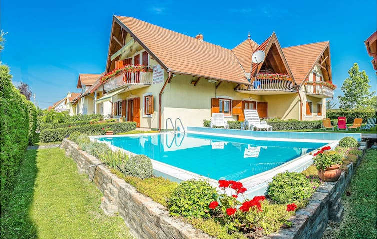 Holiday apartment with 1 room on 45m² in Balatonmáriafürdö